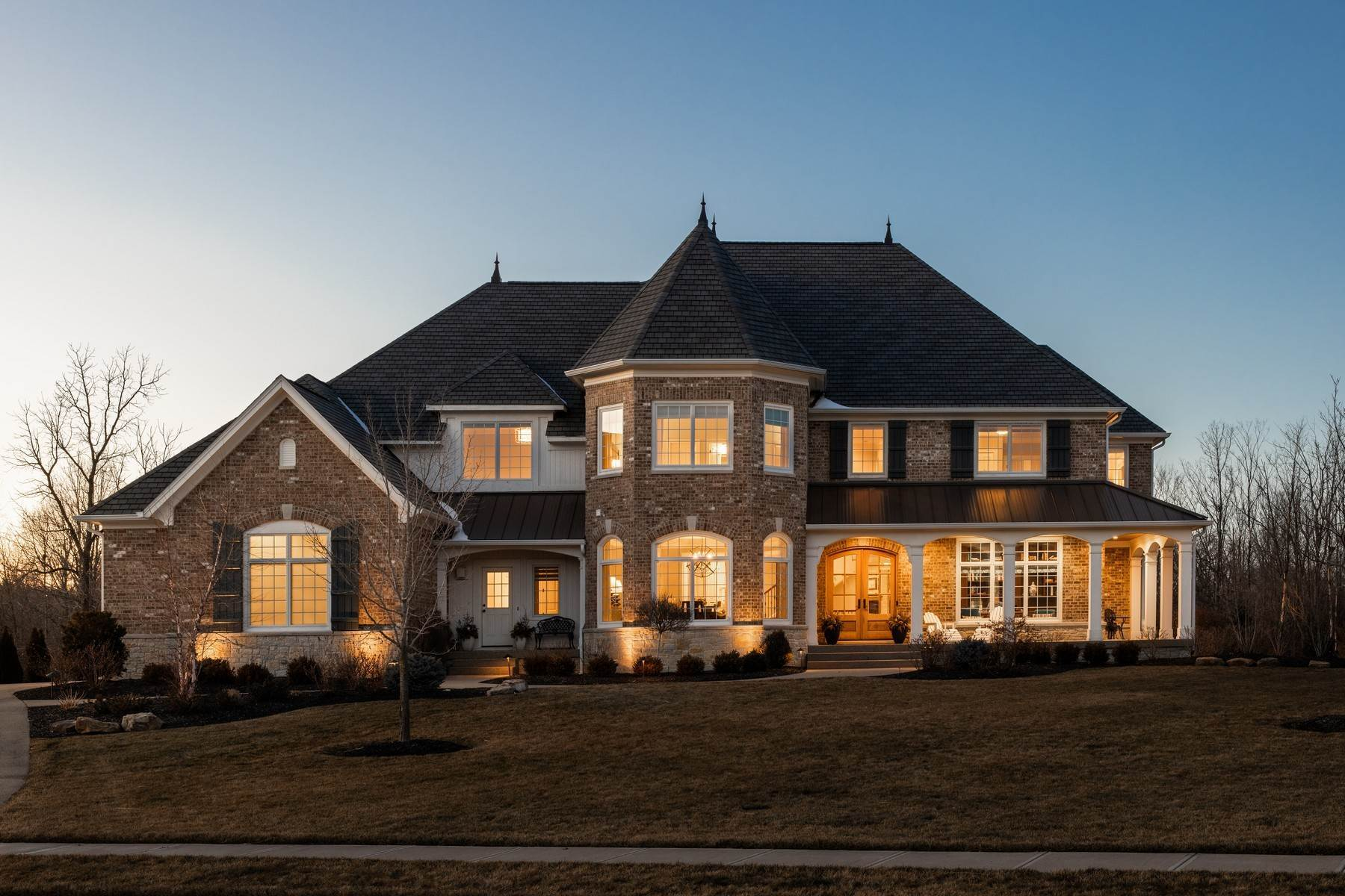 Single Family Homes for Sale at Stunning Estate in Shannon Springs 8380 Shannon Springs Drive Zionsville, Indiana 46077 United States