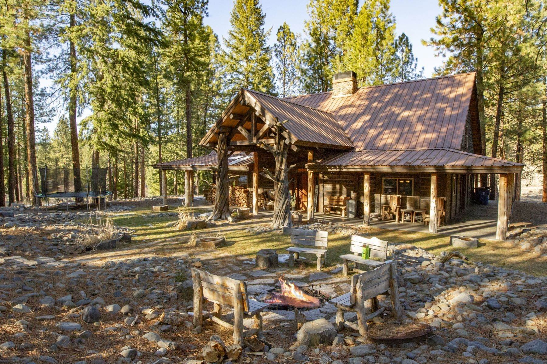Property for Sale at 27280 NE Old Wolf Creek Road Prineville, OR 97754 27280 NE Old Wolf Creek Road Prineville, Oregon 97754 United States